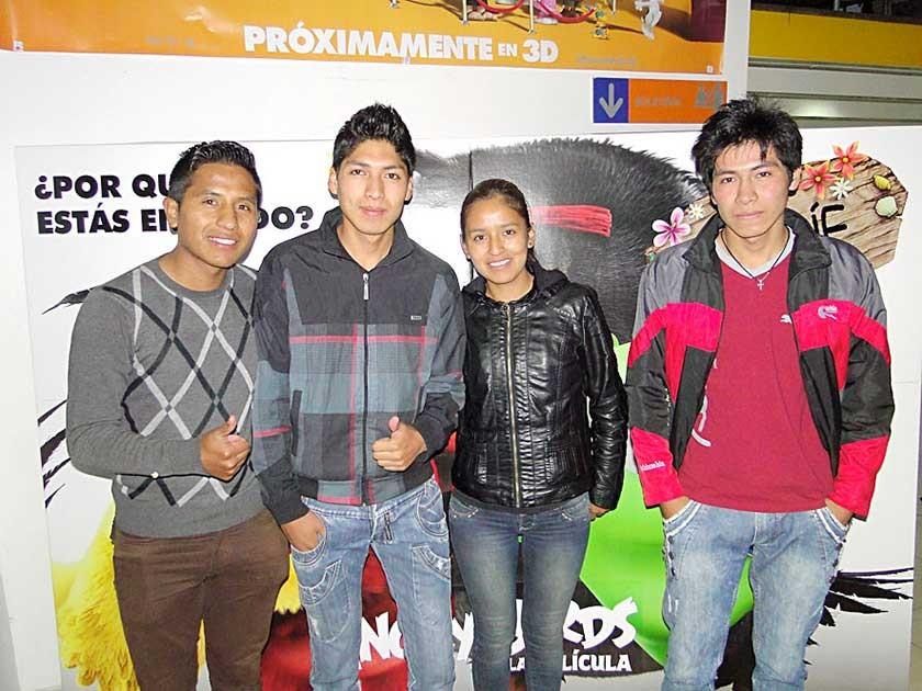Julio, Nancy, Manuel y José.