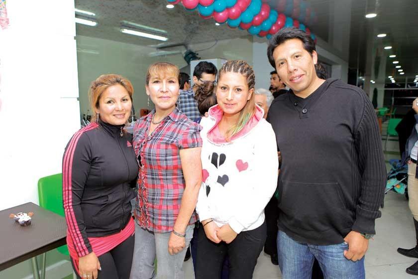 Lidia Flores, Irene Aliaga, Janeth Palacios  y Diego Martínez.