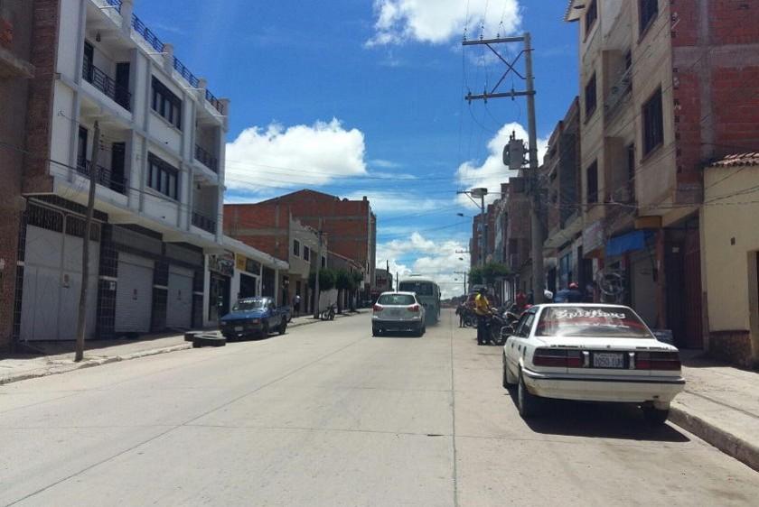 La avenida Germán Busch quedó casi totalmente despejada. Foto: Henry Aira