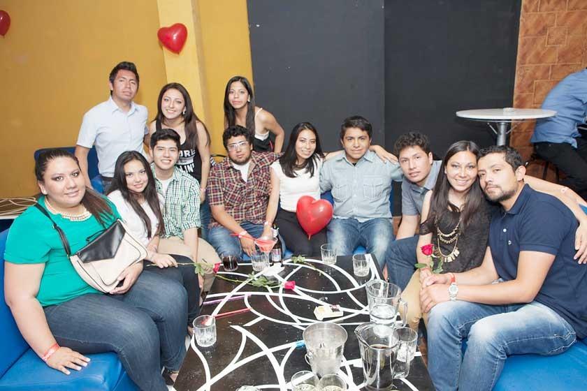 Mariela Osinaga celebró su cumpleaños junto a sus amigos.