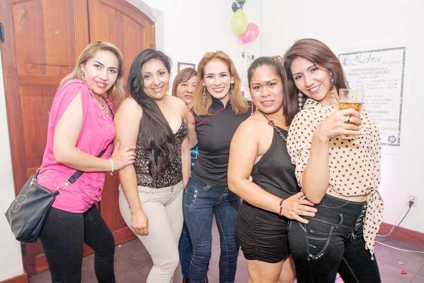 Jeane, Virginia, Jimena, Doris, Jessica y María.