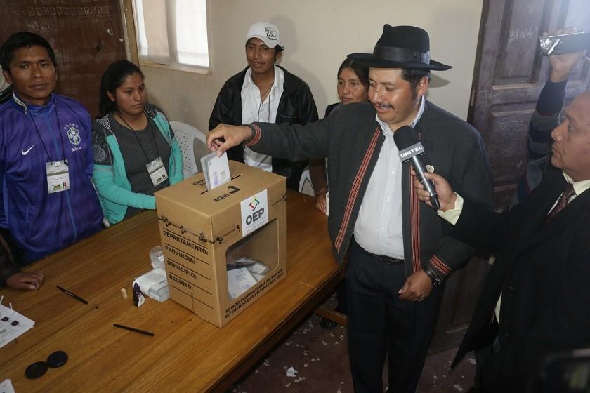 El gobernador de Chuquisaca, Esteban Urquizu. Foto: CORREO DEL SUR