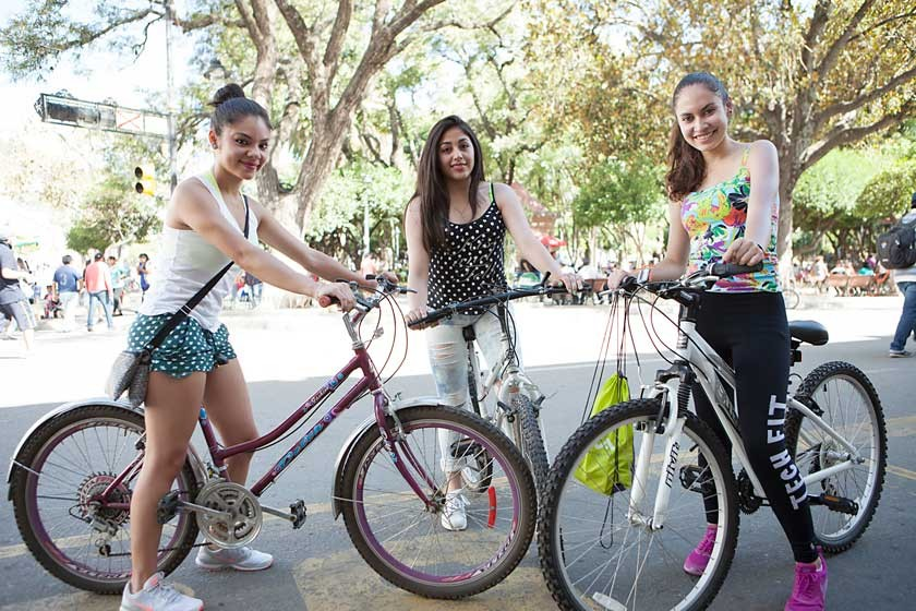 Lucía Castillo, Gabriela Rosales y Daniela Auza.
