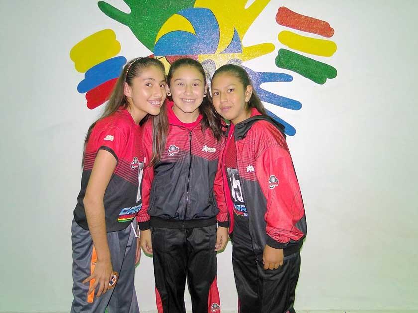 Alejandra Vedia, María José Oña, Abigail Arroyo.