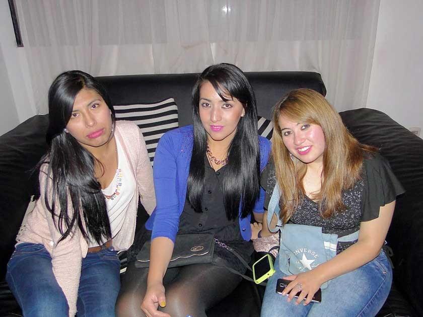 Erika Paco, Lizeth Ávalos y Andrea  Bayo.