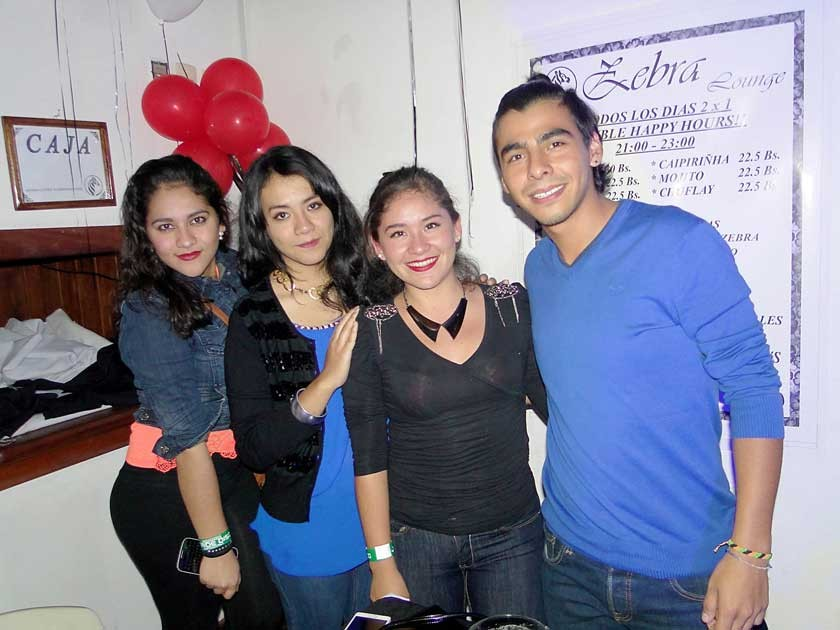 Keisy Nogales, Mariana Vega, Laura Azoguey Ernesto Palacios.