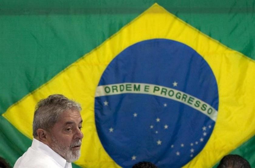 Detuvieron a Lula para ser interrogado por el caso de corrupción en Petrobras. Foto: EFE