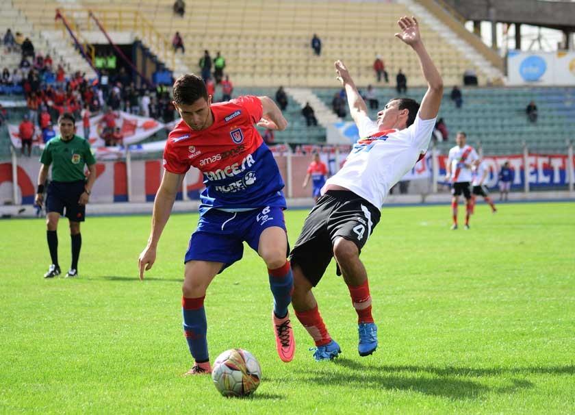 """La """"U"""" respira tras victoria en Potosí"""