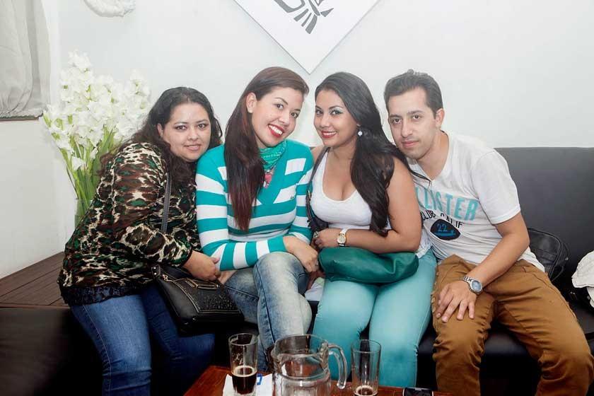 Vanessa, Fátima, Wendy y Axel
