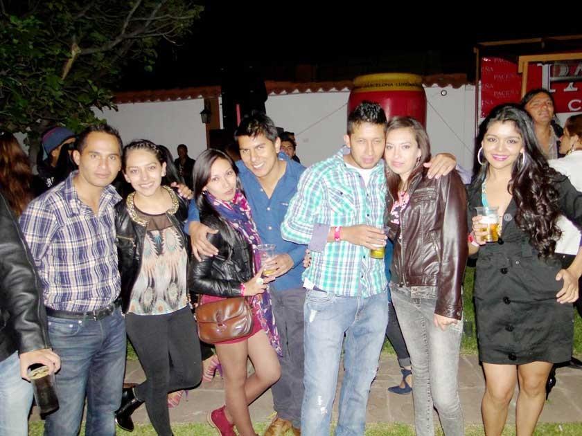 Carlos, Silvia, Jessy, Henry, Jerson, Irene y Noelia.