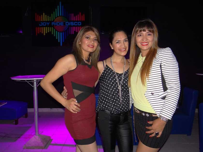 Leydi Mendoza, Ivonne Sandy y Yesenia Ayala.