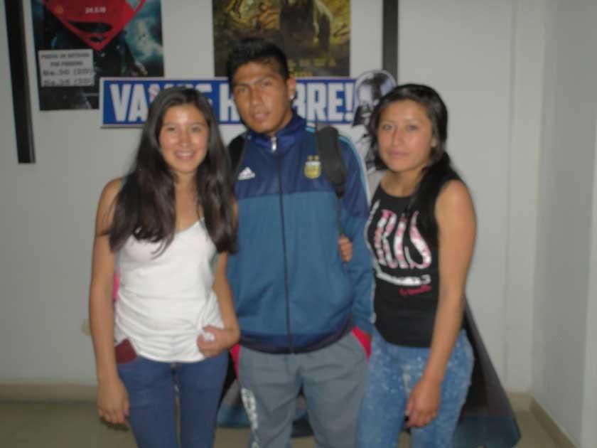 Joselyn Acebo, Marcelo Flores y Janeth Alvarado.