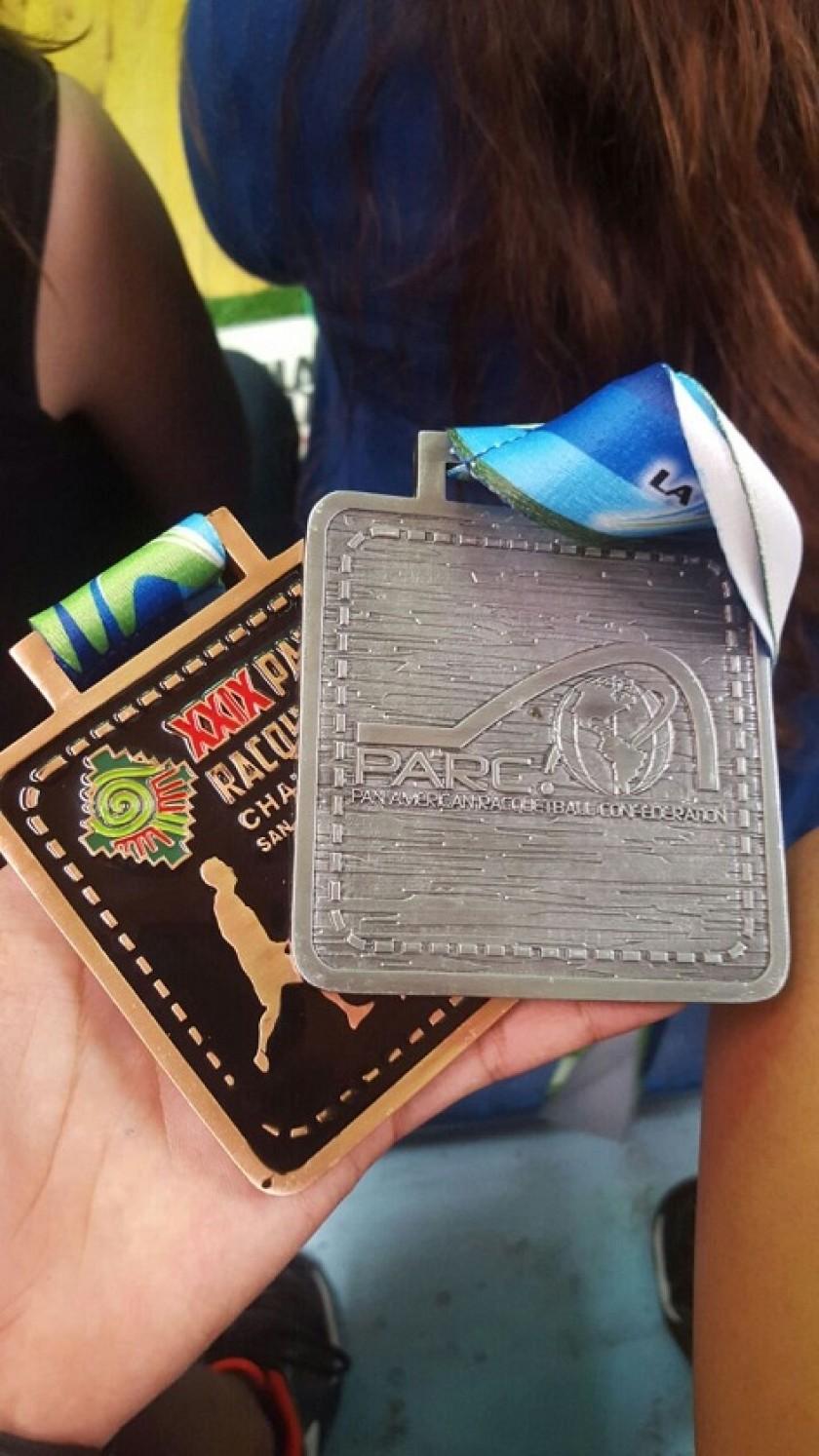 Algunas de las medallas ganadas por los bolivianos. Foto: Gentileza