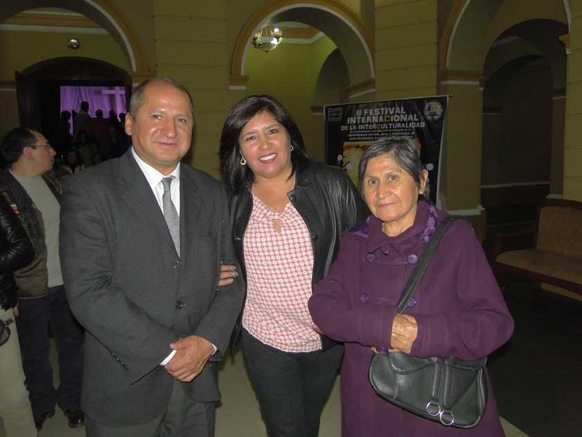 Vladimir Cortez, Evelin Chumacero y Zobeida Chalar.