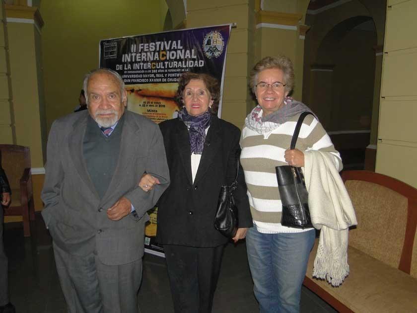 Nanet Zamora, María Luisa Ribera de Zamora y Patricia Caballero.