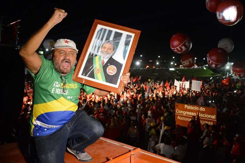 Lula respira, pero crisis en Brasil sigue