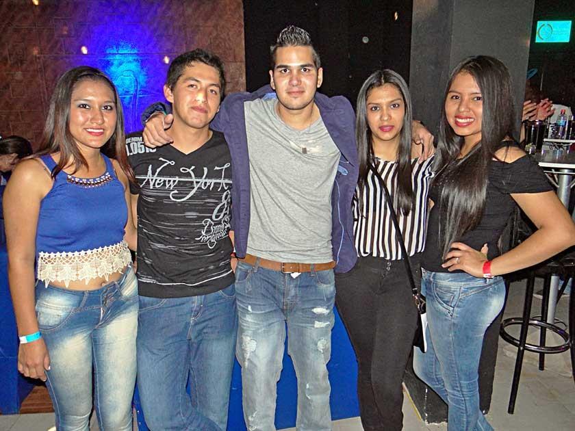 Daniela Fernández, Freddy Barrera, Yursen Stadler, Nayra Suyo y Nicole Rivas.
