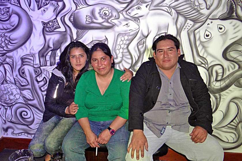 Sandy Cardozo, Analia Decormis y Víctor Andrade.