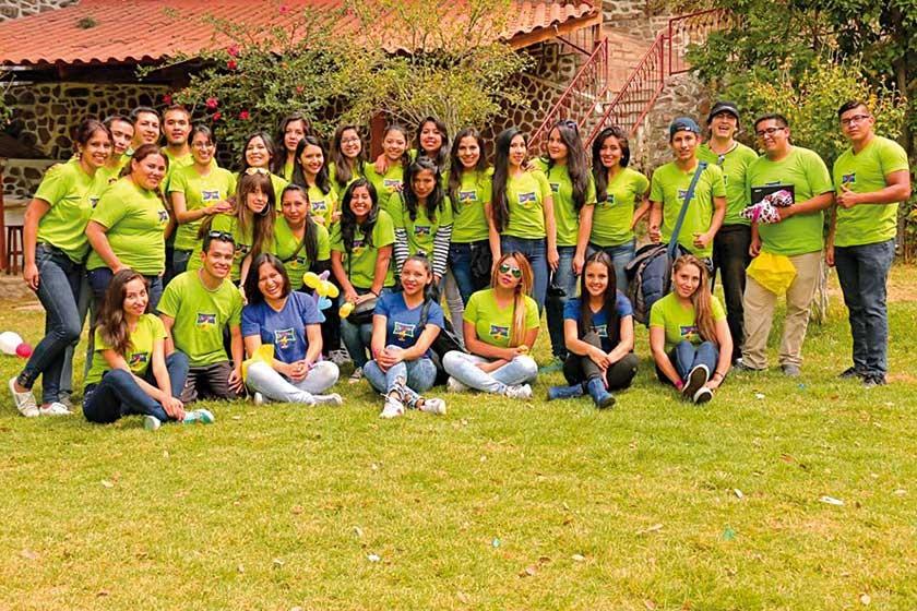 Voluntarios de la Organización Soñar Despierto.