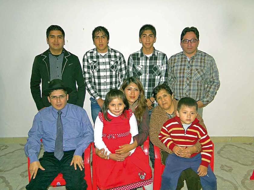 Familia Barriga Céspedes, descendientes de Selwyn Barriga Murillo  y Albina Céspedes Flores.