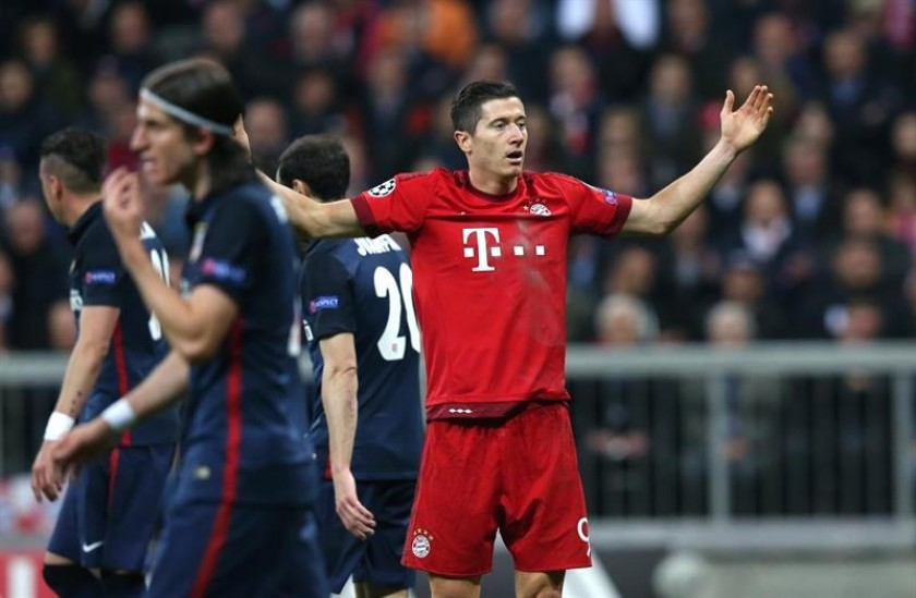 La impotencia de los jugadores del Bayern, eliminado en semifinal. Foto: EFE