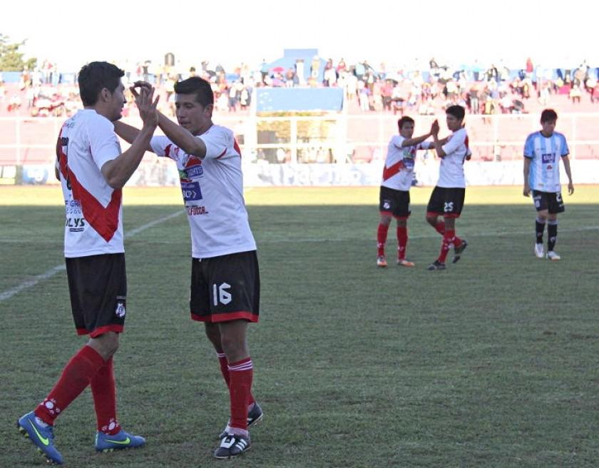 La celebración de los jugadores de Nacional Potosí. Foto: Marca Registrada