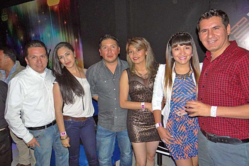 Juan, Ivonne, Gustavo, Leiny, Yesenia y Johnny.
