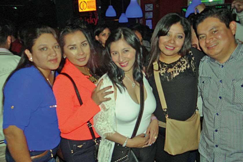 Roxana, Fabiola, Paola, Agustina y Mauricio.