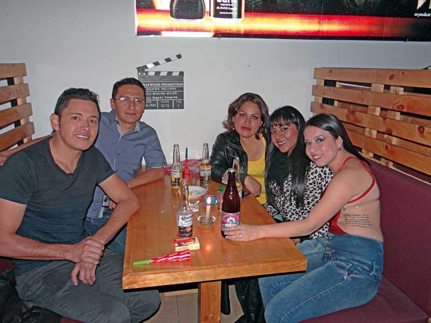 Álvaro Cervantes, Jamil Castro, Vero Callejas, Janeth Calizaya e Ingrid Betancourt.