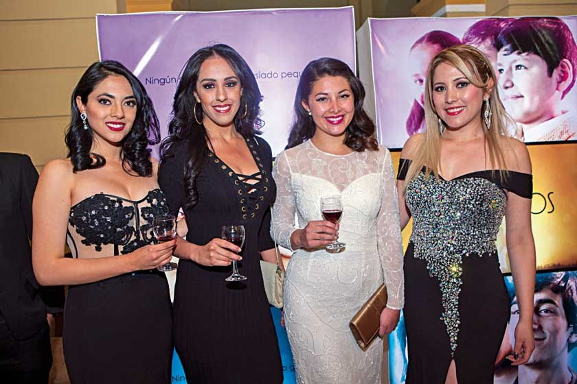 Paola Flores, Alejandra Zelada, Nicole Rivas y Carol Daza.