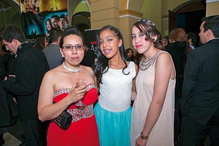 Elizabeth Pérez, Leila Quinteros y Simoné Raya.