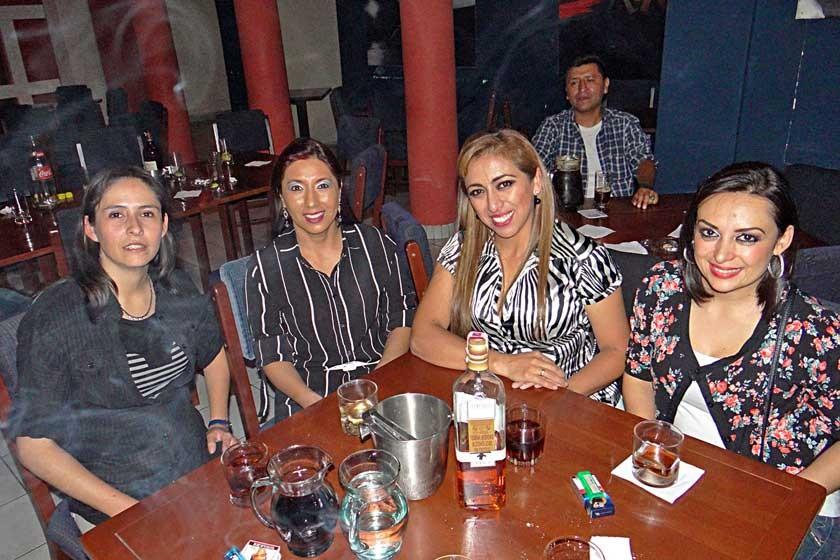Amalia Melgarejo, Janeth Arandia, Jenny Miranda y Paola Torres.