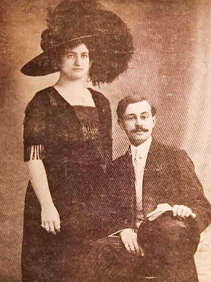 """Adolfo Costa Du Rels y su esposa Blanca Urriolagoitia, recién casados, en 1912 (Facebook: """"Chuquisaca en el Corazón"""""""