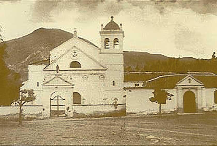 """Iglesia de La Recoleta (Facebook: """"Colores de la Ciudad Blanca"""")"""