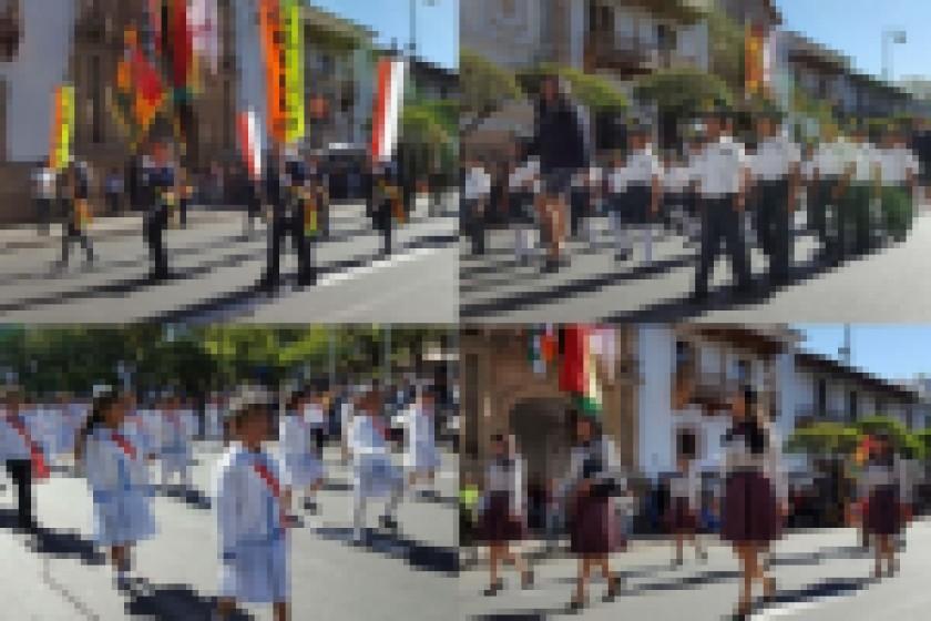 El Desfile Escolar se desarrolla con mucho fervor cívico. Fotos: César Vale