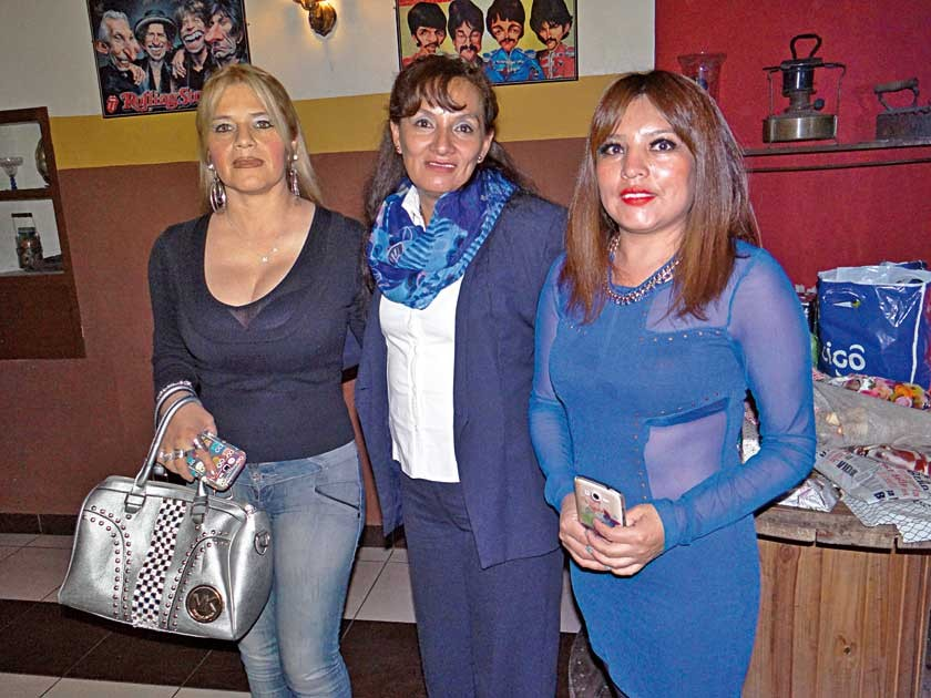 Nancy Núñez, Patricia Salazar y Mayra López.