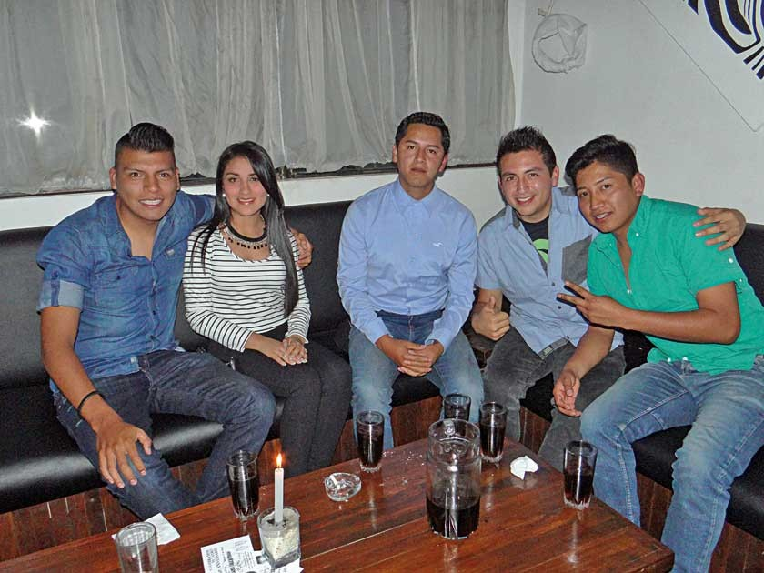 Waldo Fernández, Joselyn Barrios, Miguel Pinaya, Alfredo Mancilla y Teddy Yucra.