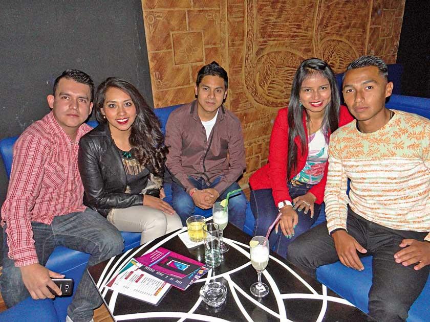 Fabricio, Yusara, Yerko, Mariela y Jorge.
