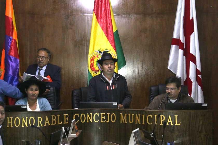 MAS retiene control del Concejo