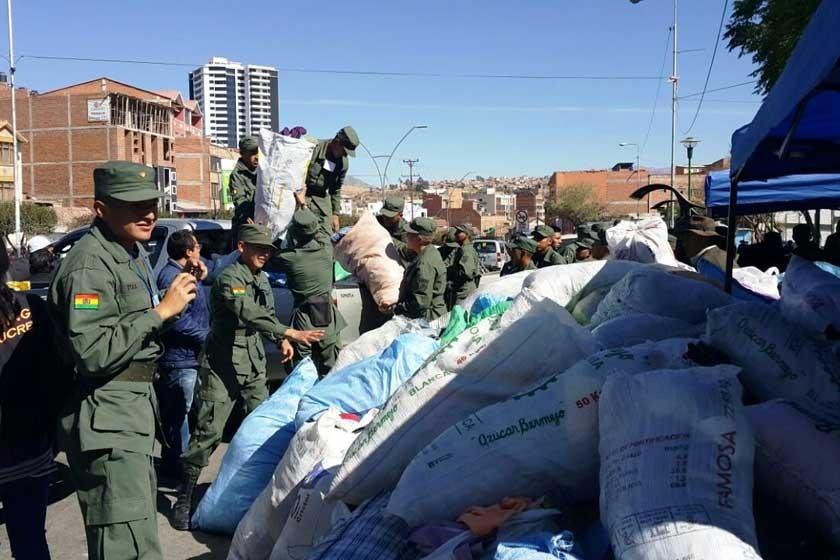Sucrenses donan 200 mil prendas de abrigo.