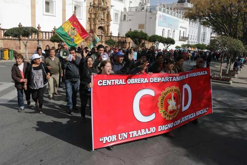 SUCRE. La COD sacó a cientos de trabajadores a las calles de la Capital.