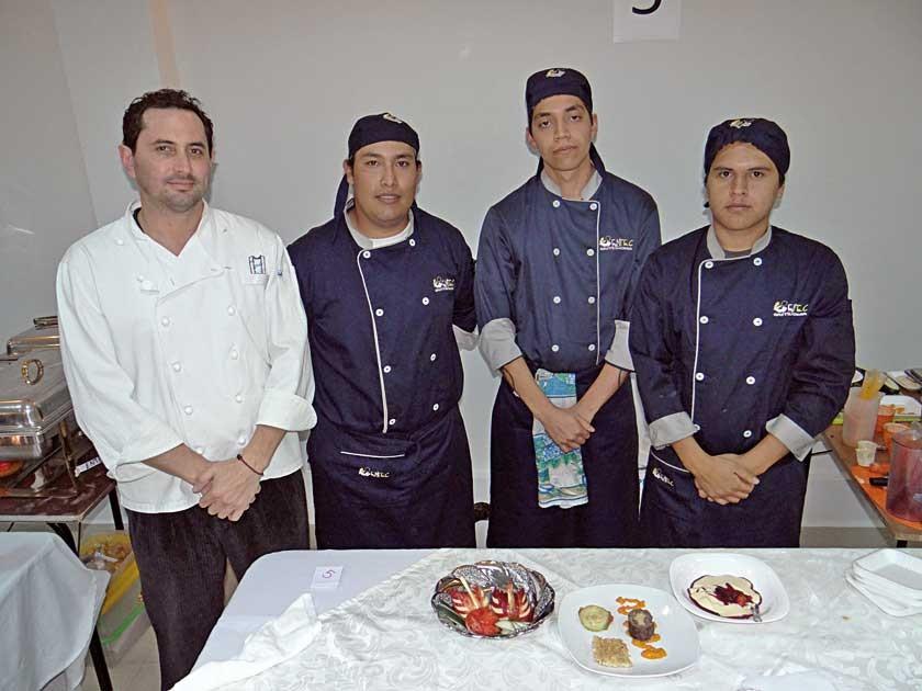 Diego Abastoflor, Mauricio Arriola, Jairo Aceituno  y Fernando Espinoza.