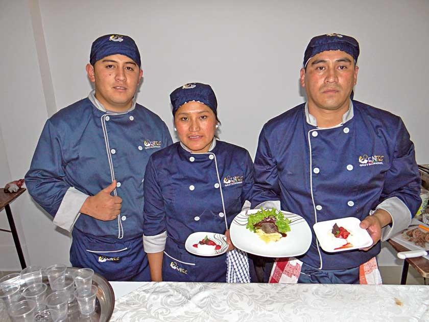 Gabriel Ferrufino, Virreyna Chungara y Nelson Ayllón.