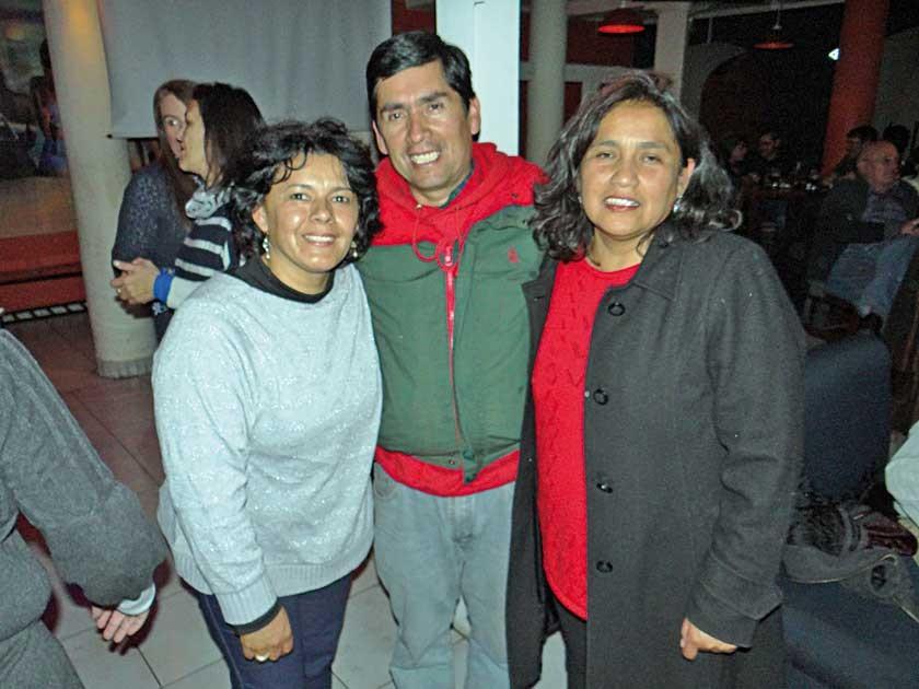 Rita Romero (cumpleañera), David Claure y Giovanna Pérez.