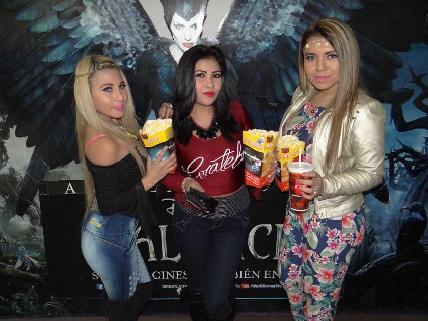 Rocio Zárate, Paola Artunduaga y Adilily Zelada.