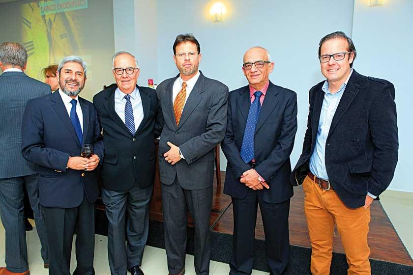 Luís María Porcel, Luis Rodríguez, Mauricio Arraya,  Juan Carlos Sabat y Javier Rodríguez.