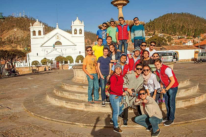 "Colegio Domingo Savio pre-promo ""Einzech 2017""."
