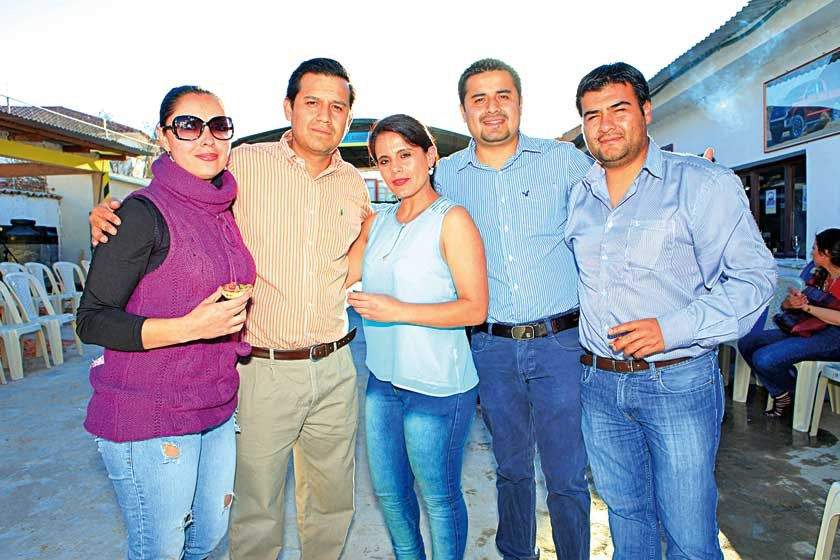 Ney Petersen, Mauricio Rodríguez, Daniela Borja, Carlos Rodríguez  y Rubén La Fuente.
