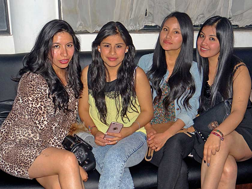 Lizbeth Huarachi, Marianela Martínez, Rocío Avendaño  y Araceli Farfán.