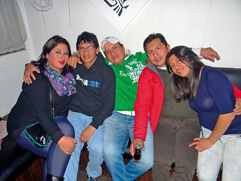 Viviana, Antonio, Jhonny, Albert y Janeth.